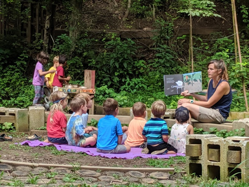ashevillefarmstead-storytime-sprouts-nature-outside