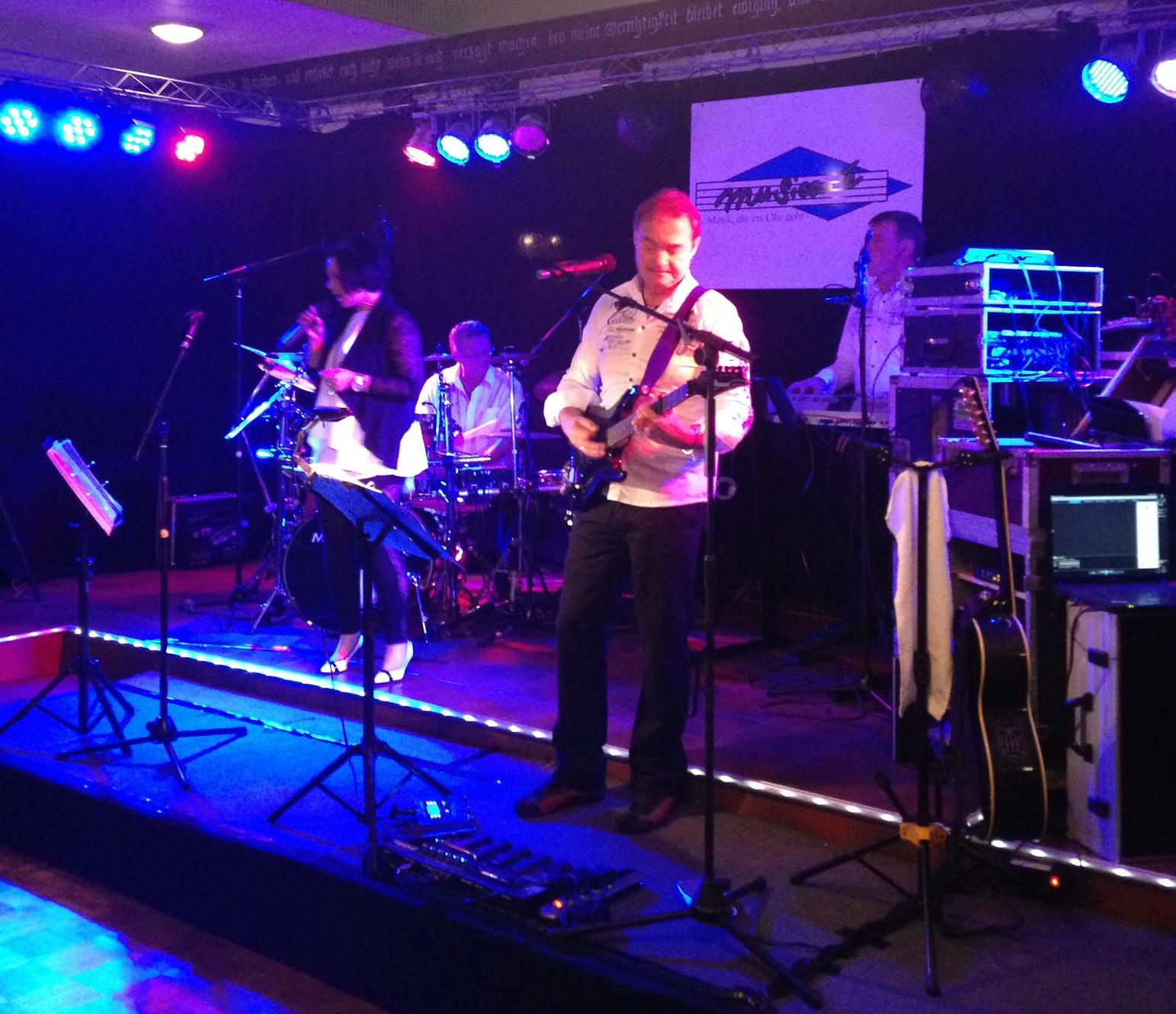 Hochzeitsband Nrw Hochzeitsmusiker Musiker Fur Hochzeit