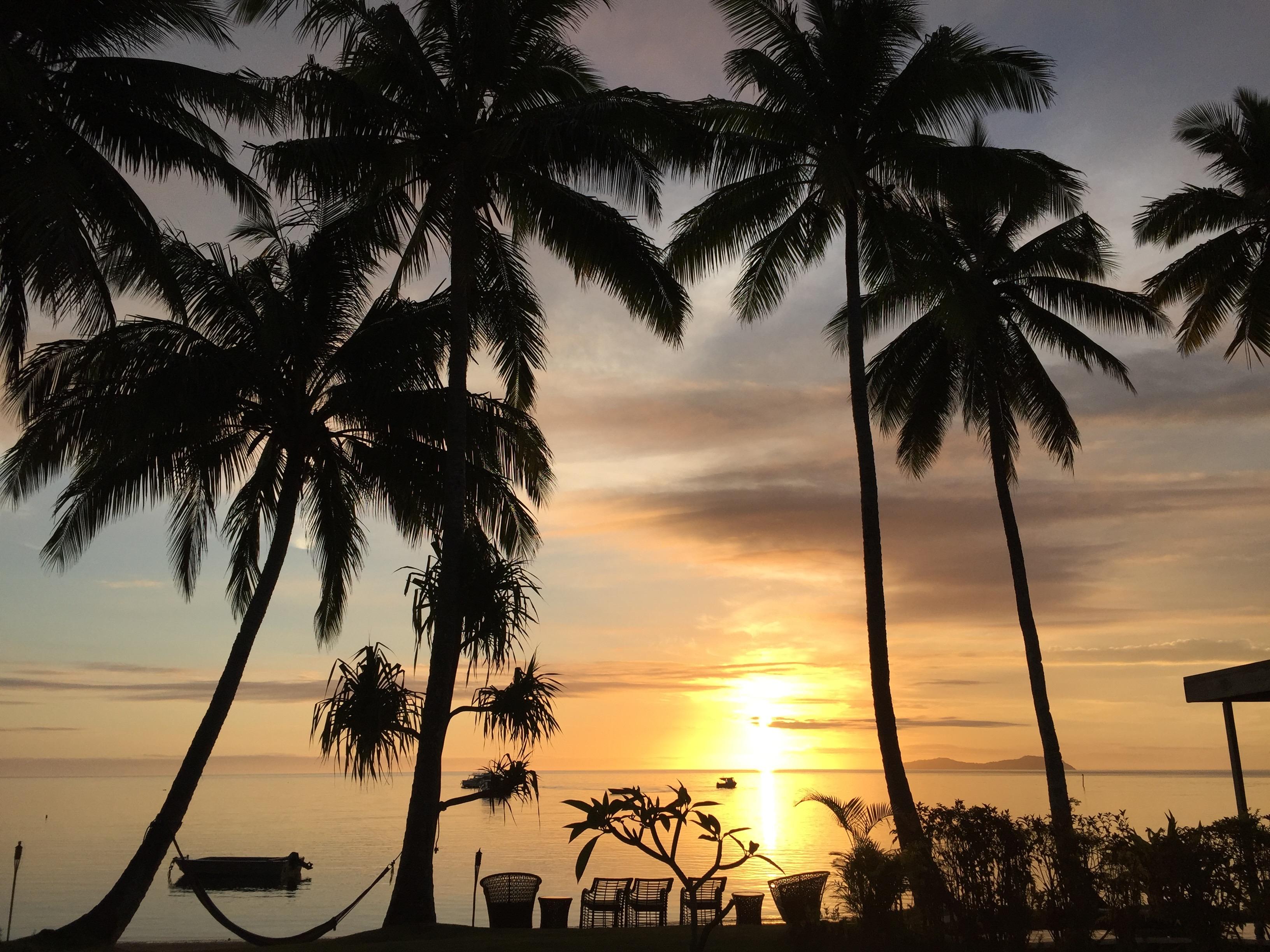 Sunset Beqa Lagoon