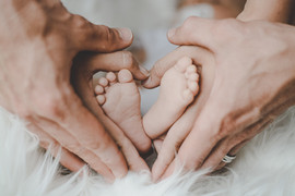 Babyfüße mit Herz.jpg