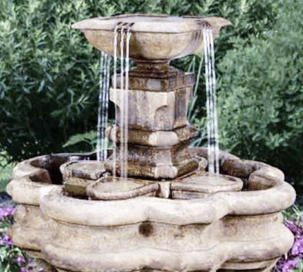 henri classic pillar fountain_edited.jpg