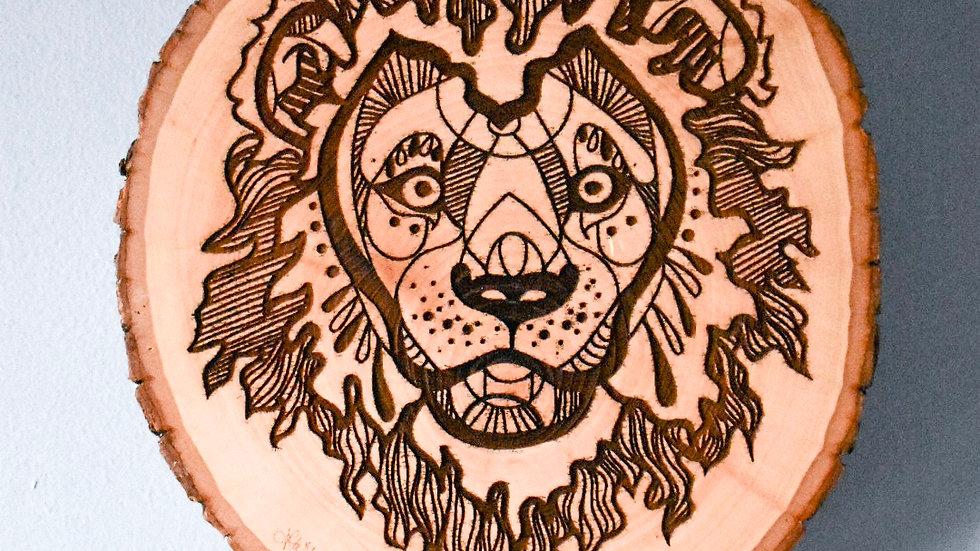 Lion Wood Round