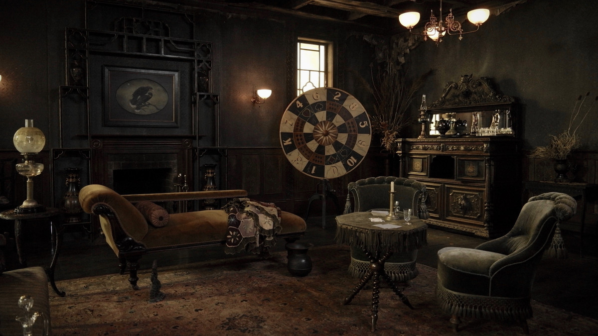 3. house_of_many_wishes_saloon.jpg