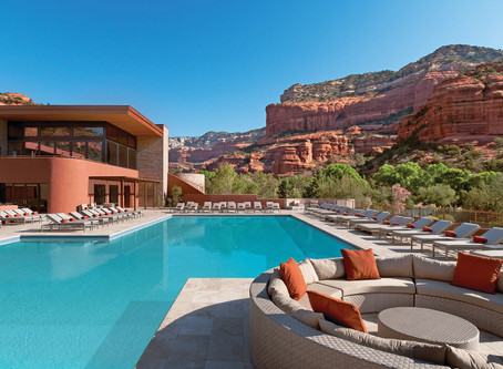 5 of America's Most Insane Hotel Pools