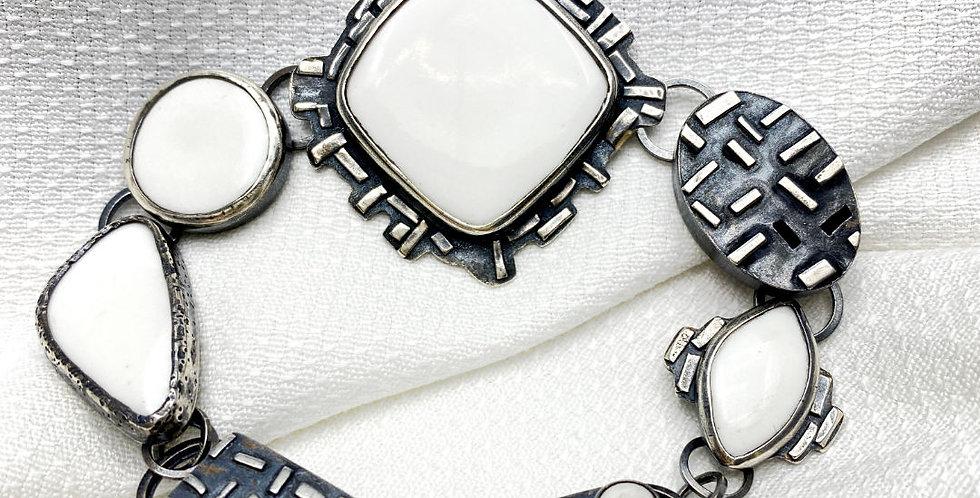 Link Bracelet White with Patina