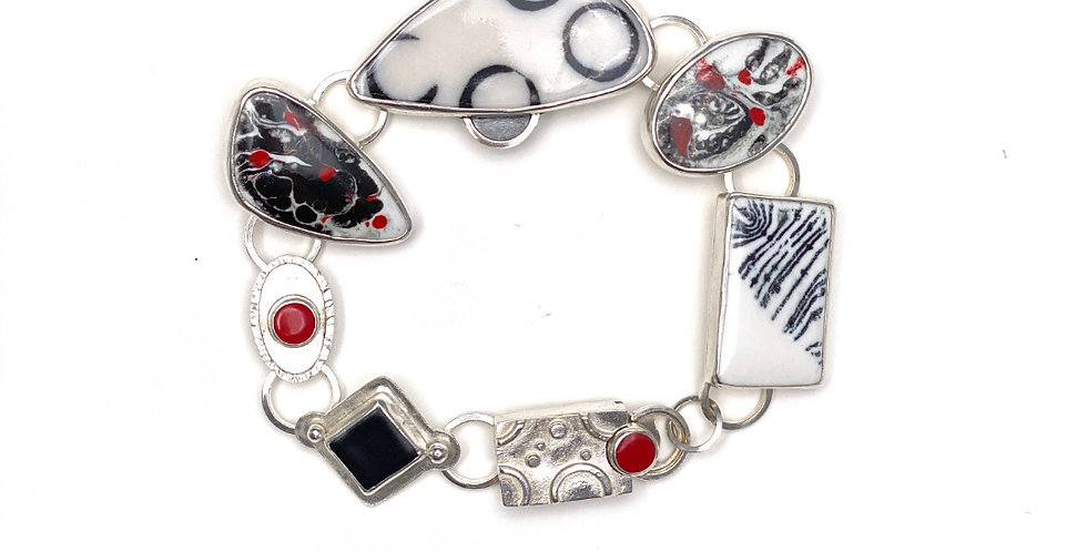 Link Bracelet Black, White, Red Accents
