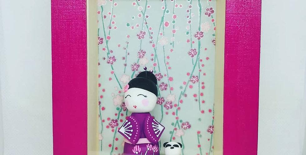Cadre vitrine Kokeshi- ref2