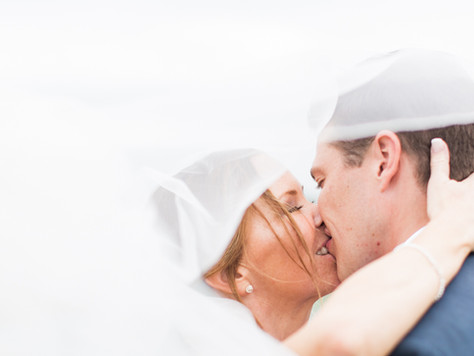 Calgary Wedding Photographer: Glencoe Golf & Country Club - Allie & Sean