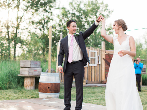 Calgary Wedding Photographer: Rustic Charm Wedding at Hidden Springs Ranch Cochrane - Ellen & Mi