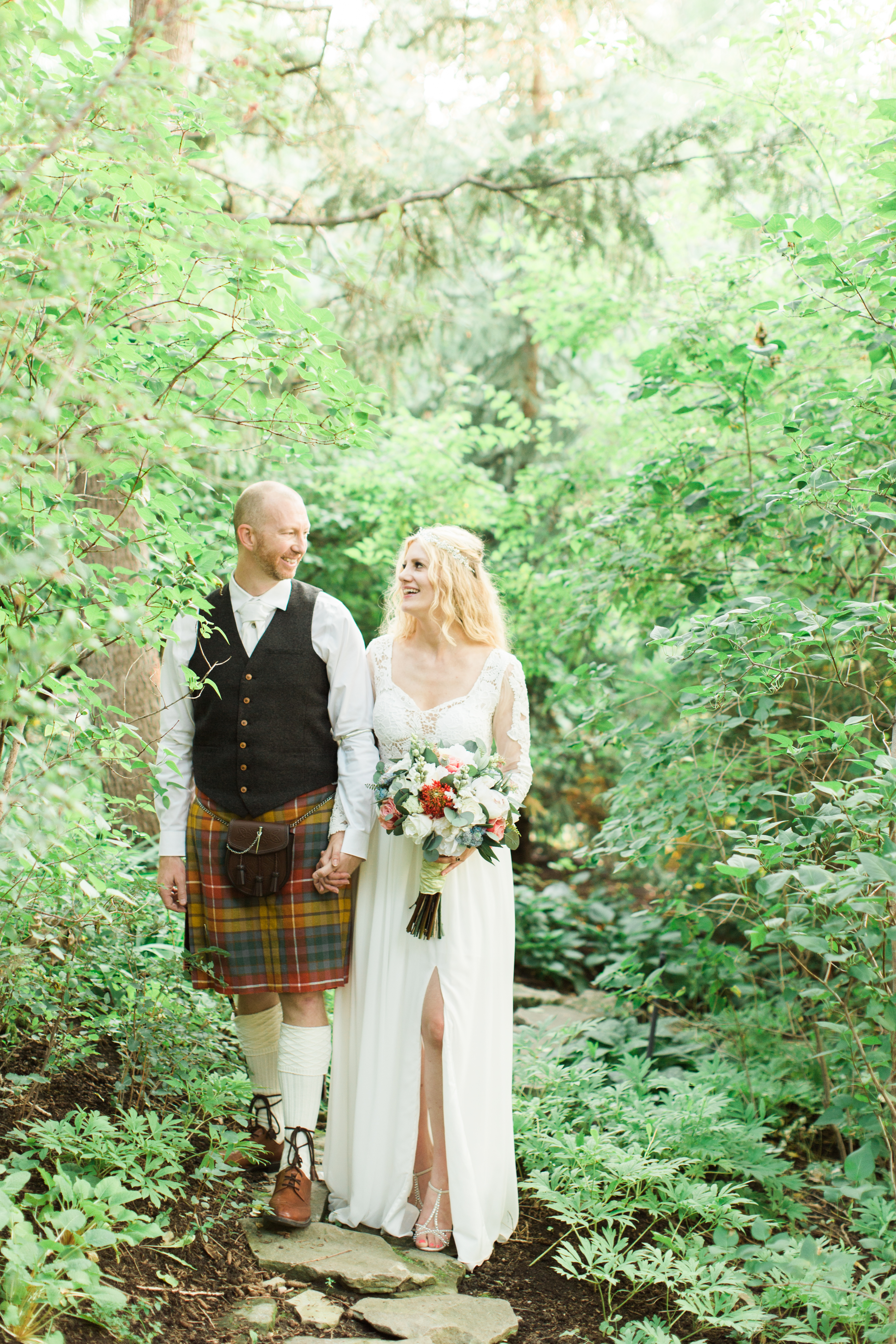 Calgary Wedding Photographer Reader Rock Garden Cafe Golden Light Light Airy Fairy - 23
