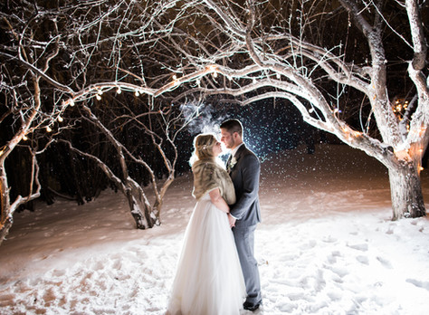 Calgary Wedding Photographer: Night Time Outdoor Photography - When It's Dark (and Cold!)