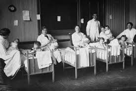 Image of a children's hospital in Reykjavík during 1918 Influenza outbreak. #spanishflu #iceland1918 #icelandhistory #icelandsovereignty
