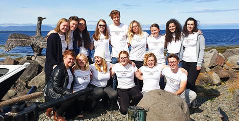 Snorri group posing in front of the Reykjavik harbor.