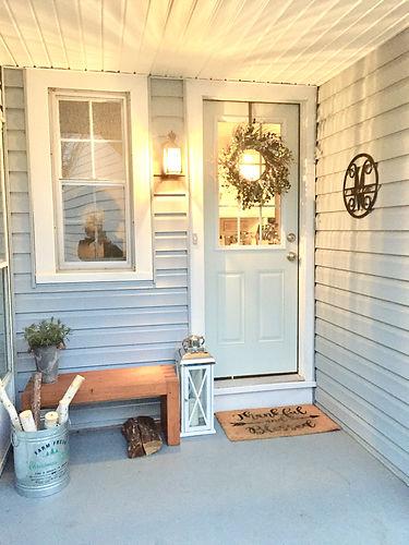 Winter Christmas holiday porch decor.jpg