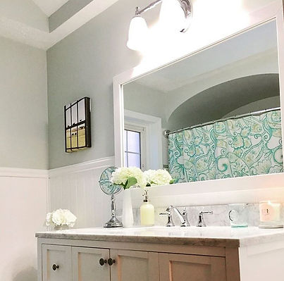 Coastal farmhouse bathroom interior desi