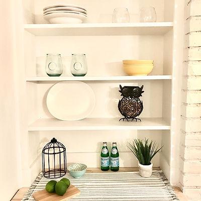 Modern farmhouse shelf styling.JPG
