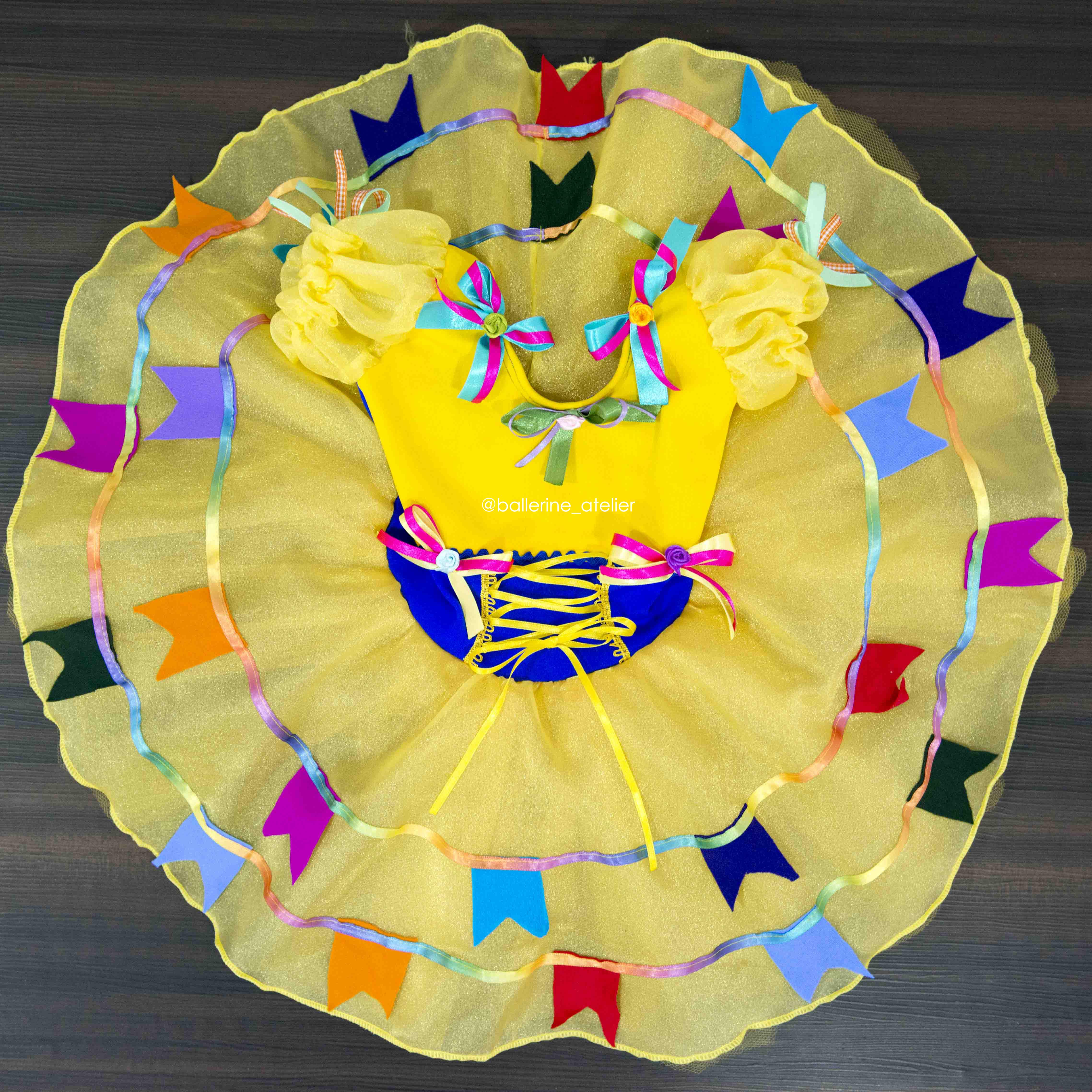 Vestido Bandeirinhas Amarelo