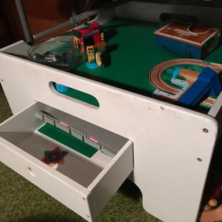 Lego/play table