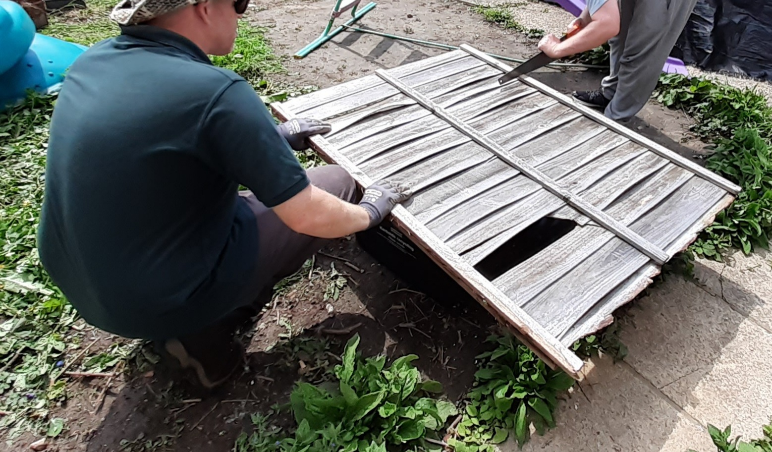 Reusing old fence panels