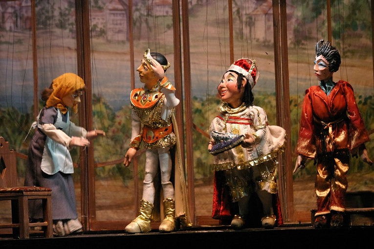 PUPPETRY- Marionettes Theater
