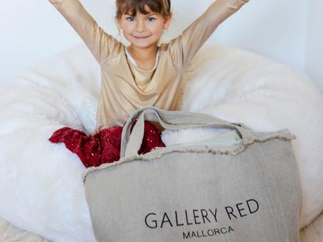 Tatiana Loona at Gallery Red Mallorca