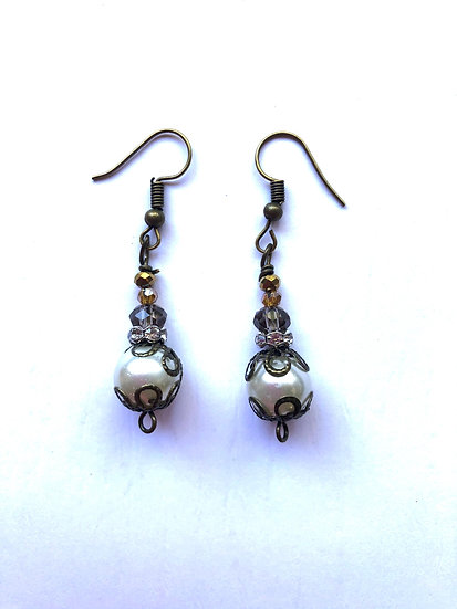 Pearl Glass Earrings