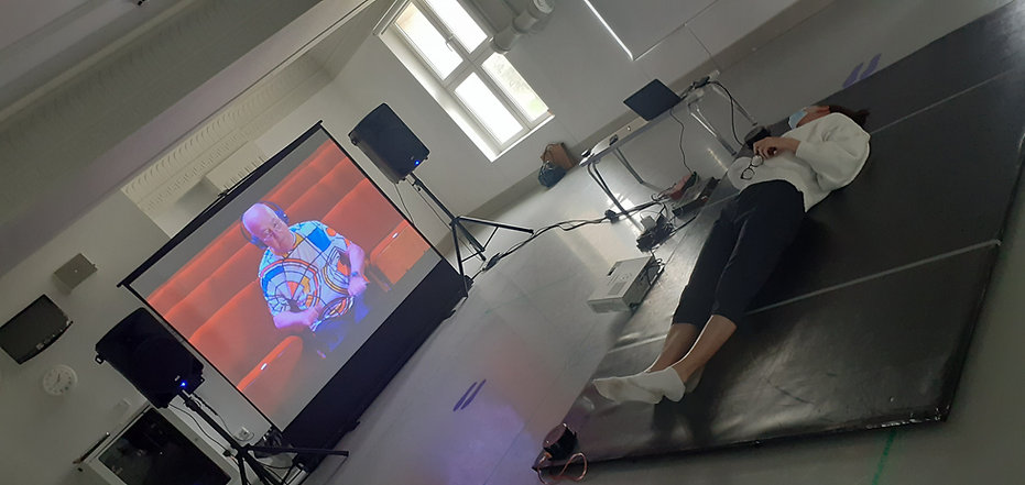 Omari presents Vibro-tactile Floor Installation with PDSW