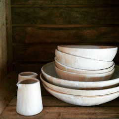 Beige tableware collection, bowls in dif
