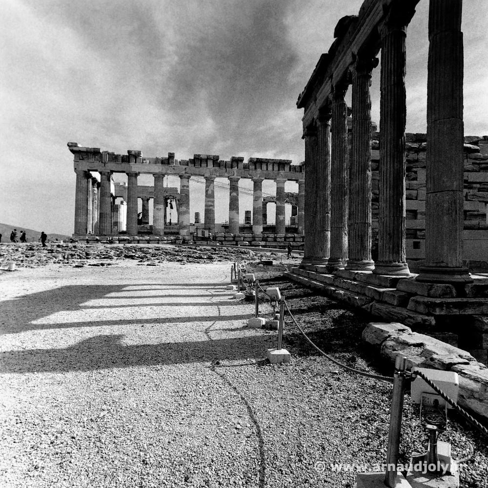 L'Acropole d'Athène, tirage argentique numérisé avec le scanner Epson 3200