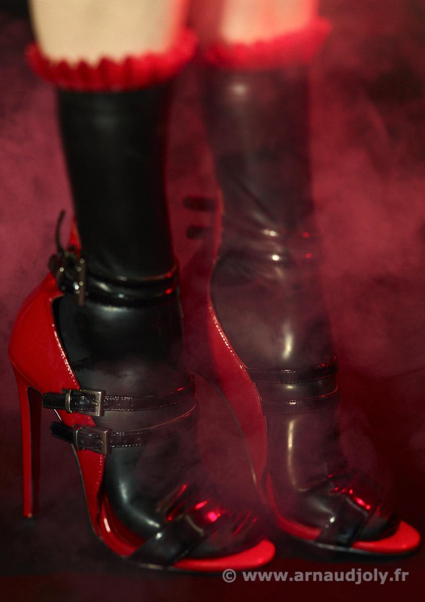Darkness in red fog