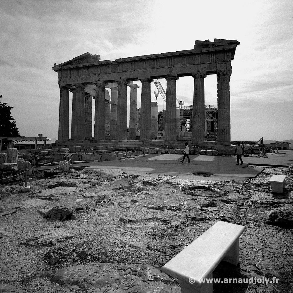Le Parthénon, film négatif Tri-X400 numérisé avec le scanner Epson 3200