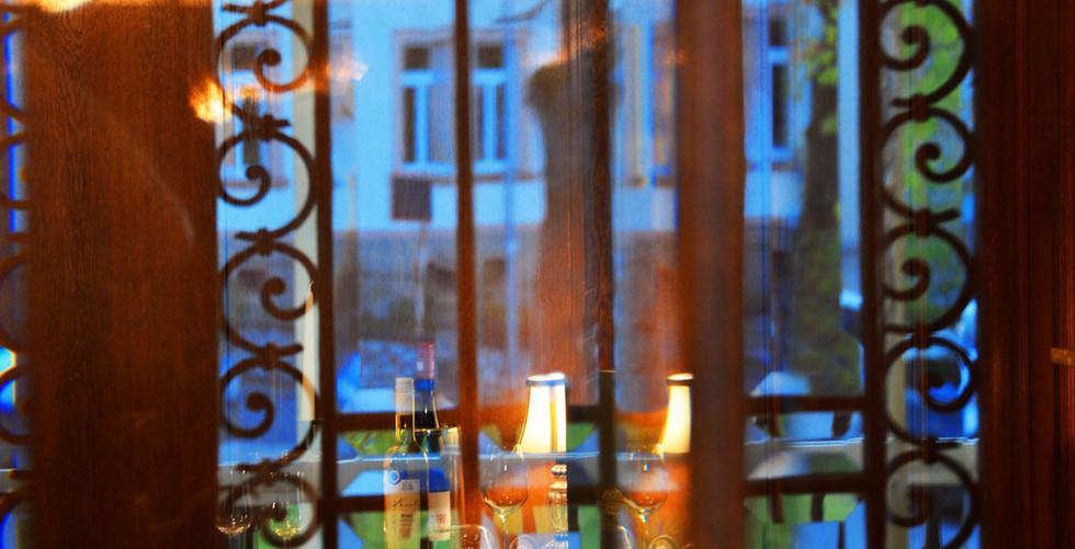 Foyer Detail_0176x.jpg