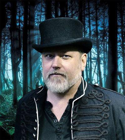 Peter Erik Du Rietz i den djupa mörka skogen