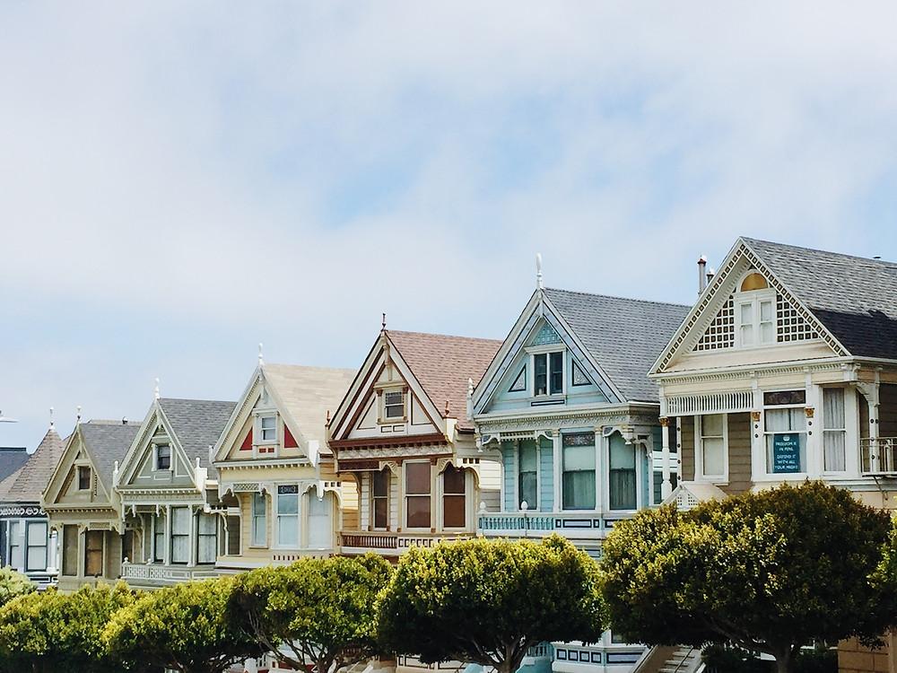 Orientação solar - Várias casas com fachadas voltadas para a mesma direção