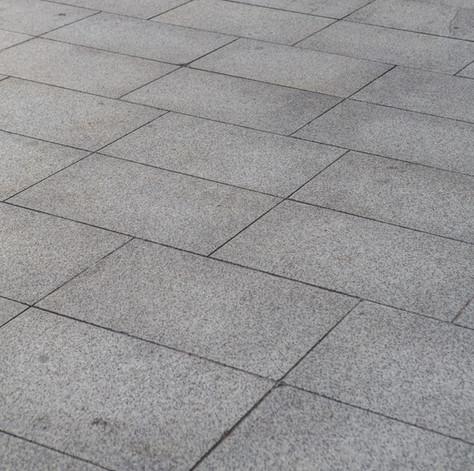 Quais critérios técnicos levar em conta na escolha do piso?