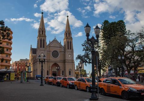 Conheça 8 obras arquitetônicas de Curitiba!