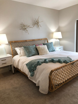 bedroom furniture and accessories