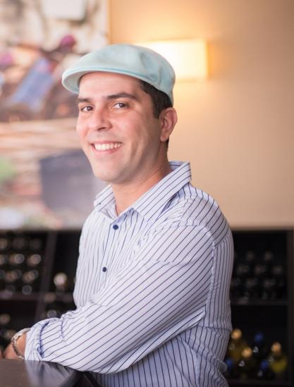 Daniel de Moura em palestra sobre hotelaria de luxo em Goiânia
