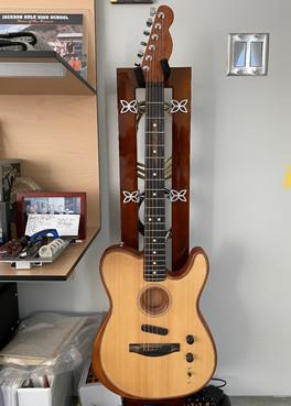 Ed_GuitarHook_FrontGuitar.jpg