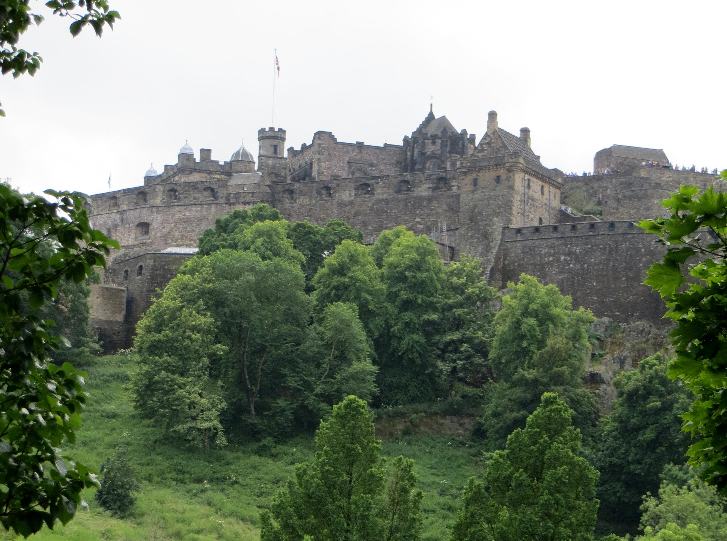 S Queensferry Scotland 7.4 Edinburgh castle best IMG_1334