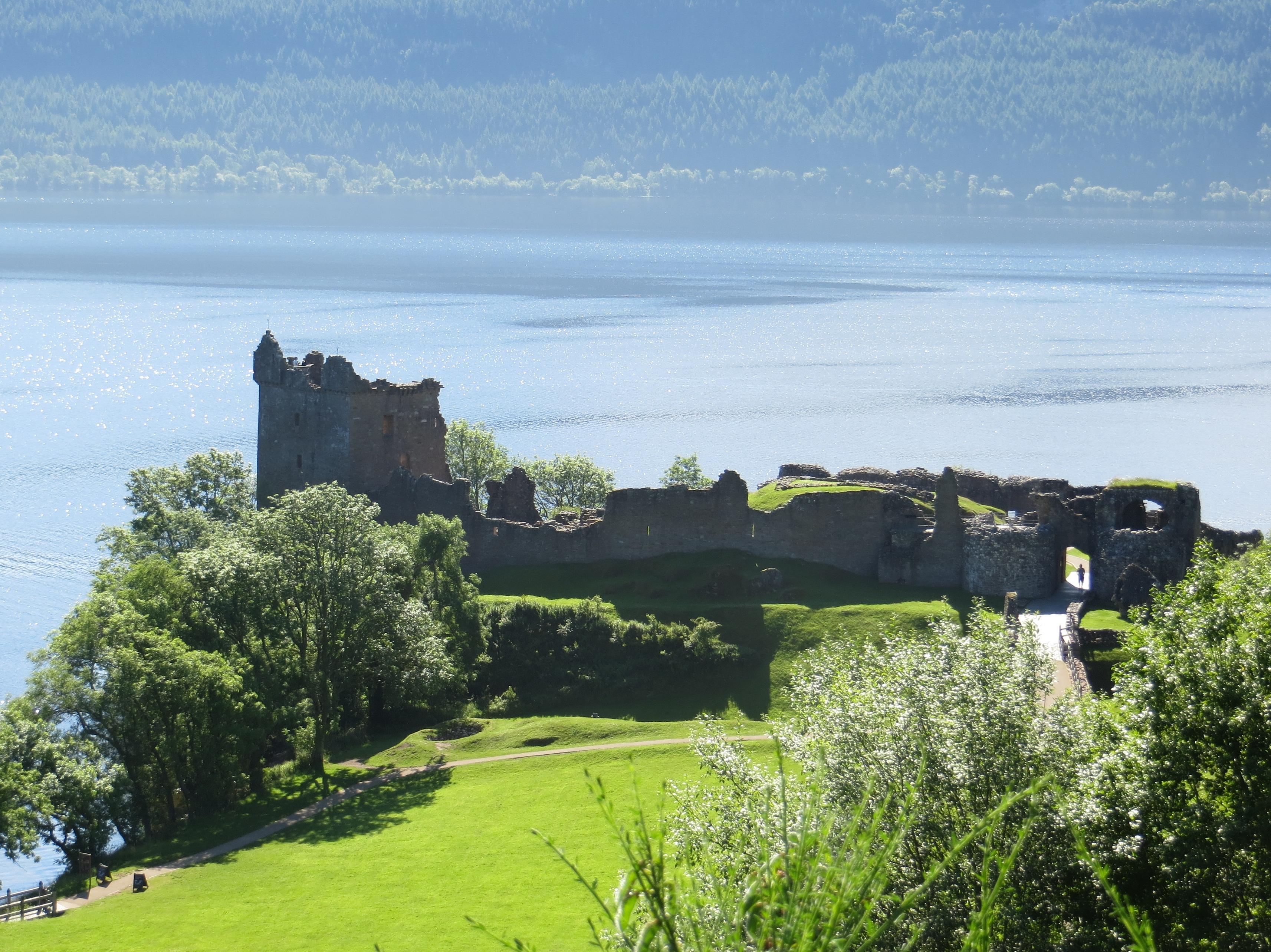 Scotland Urquhart loch ness