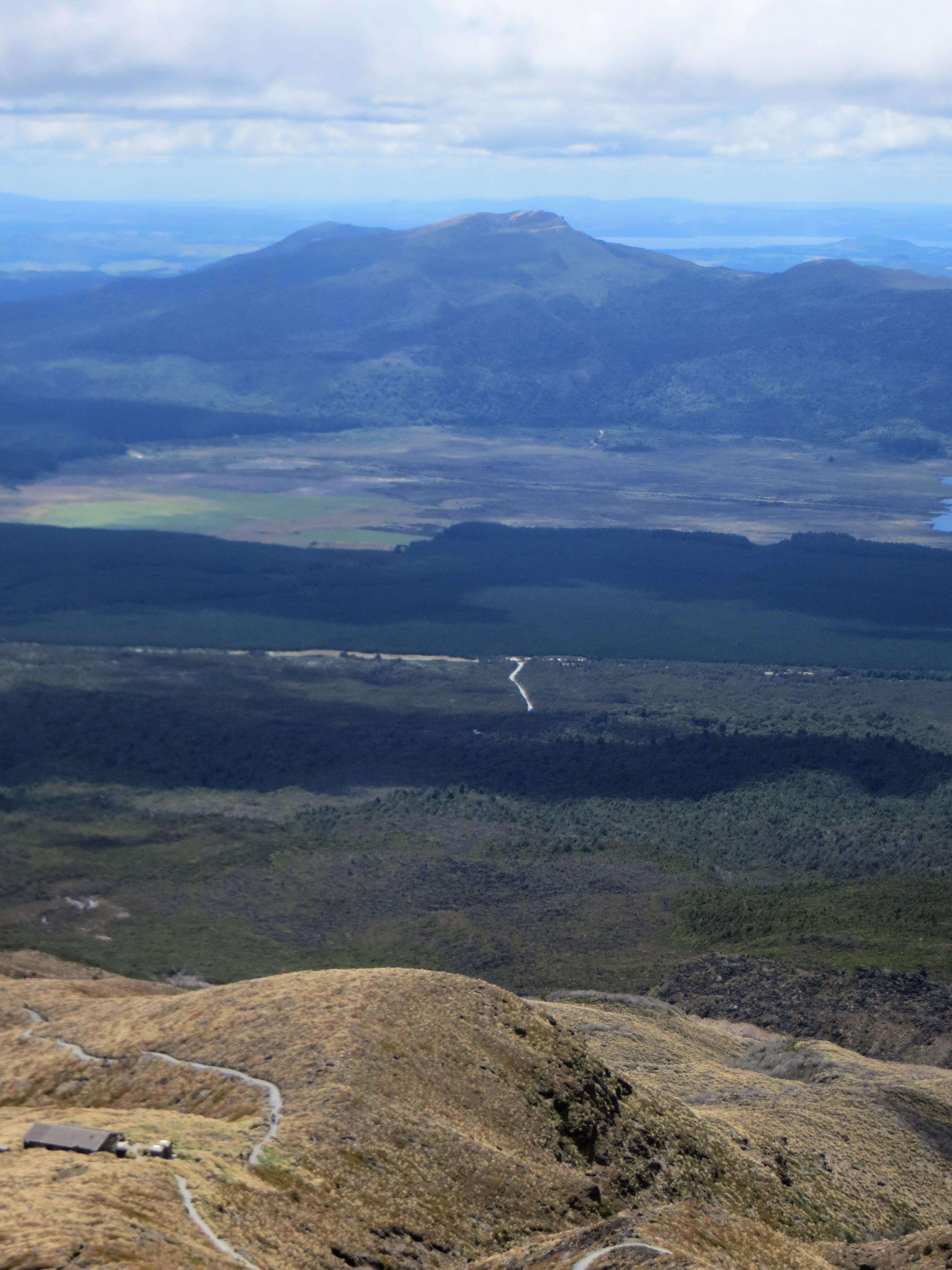 Tongariro hike Ketetahi hut below 2017-01-07 258