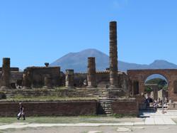 Pompeii Forum Main Square Temple of Jupiter  2017-05-13 421