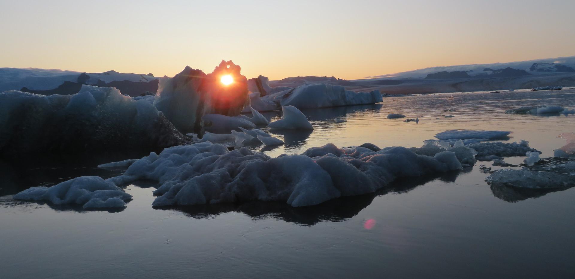 2019 Iceland Jokulsarlon lagoon sunset b