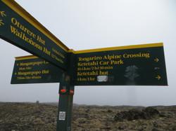 Tongariro hike 12-45 pm leaving Emerald Lakes 2017-01-07 169