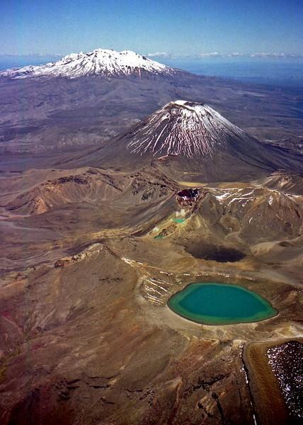 Tongariro park from air