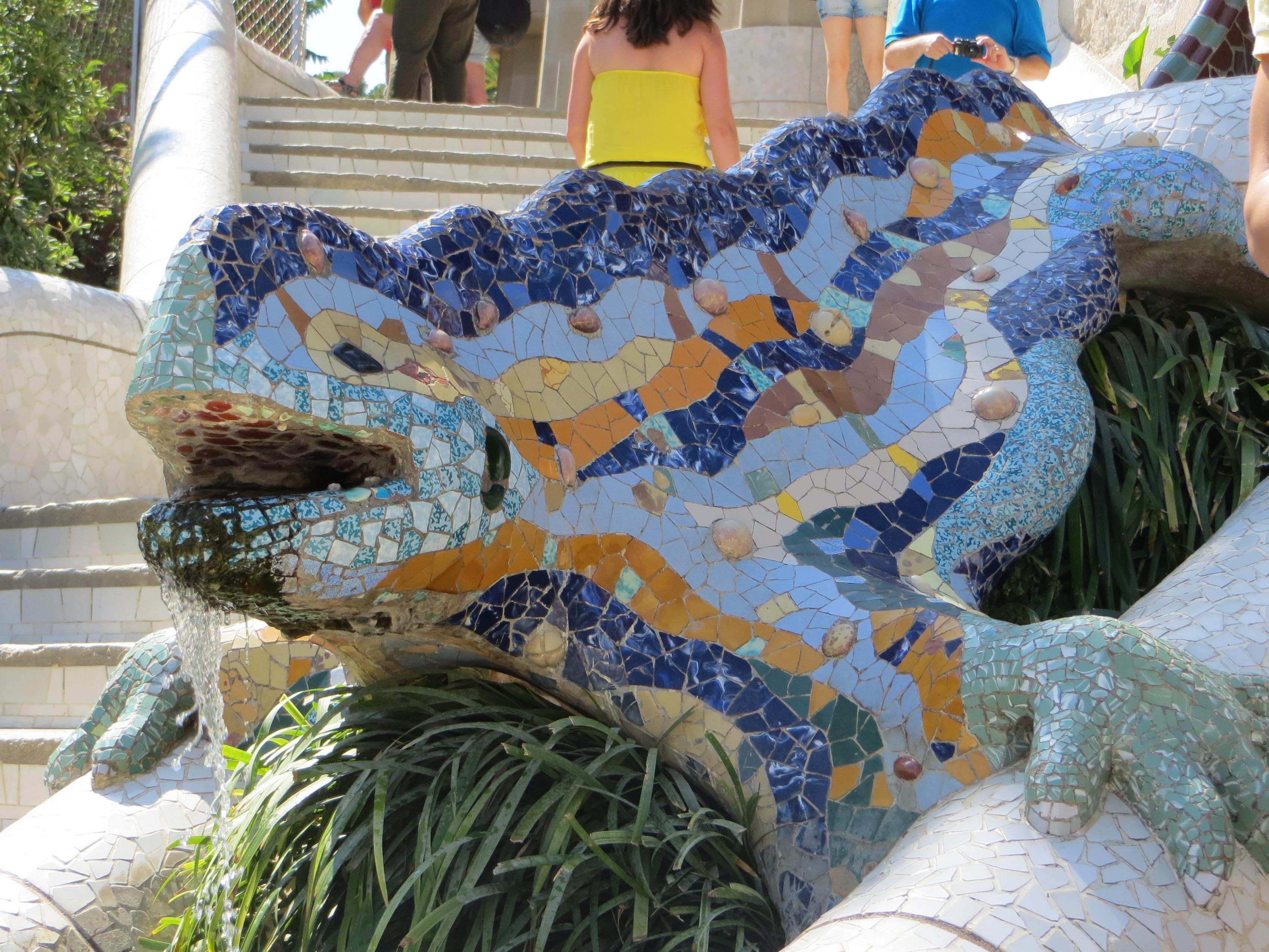 Barcelona Gaudi lizard parc guell