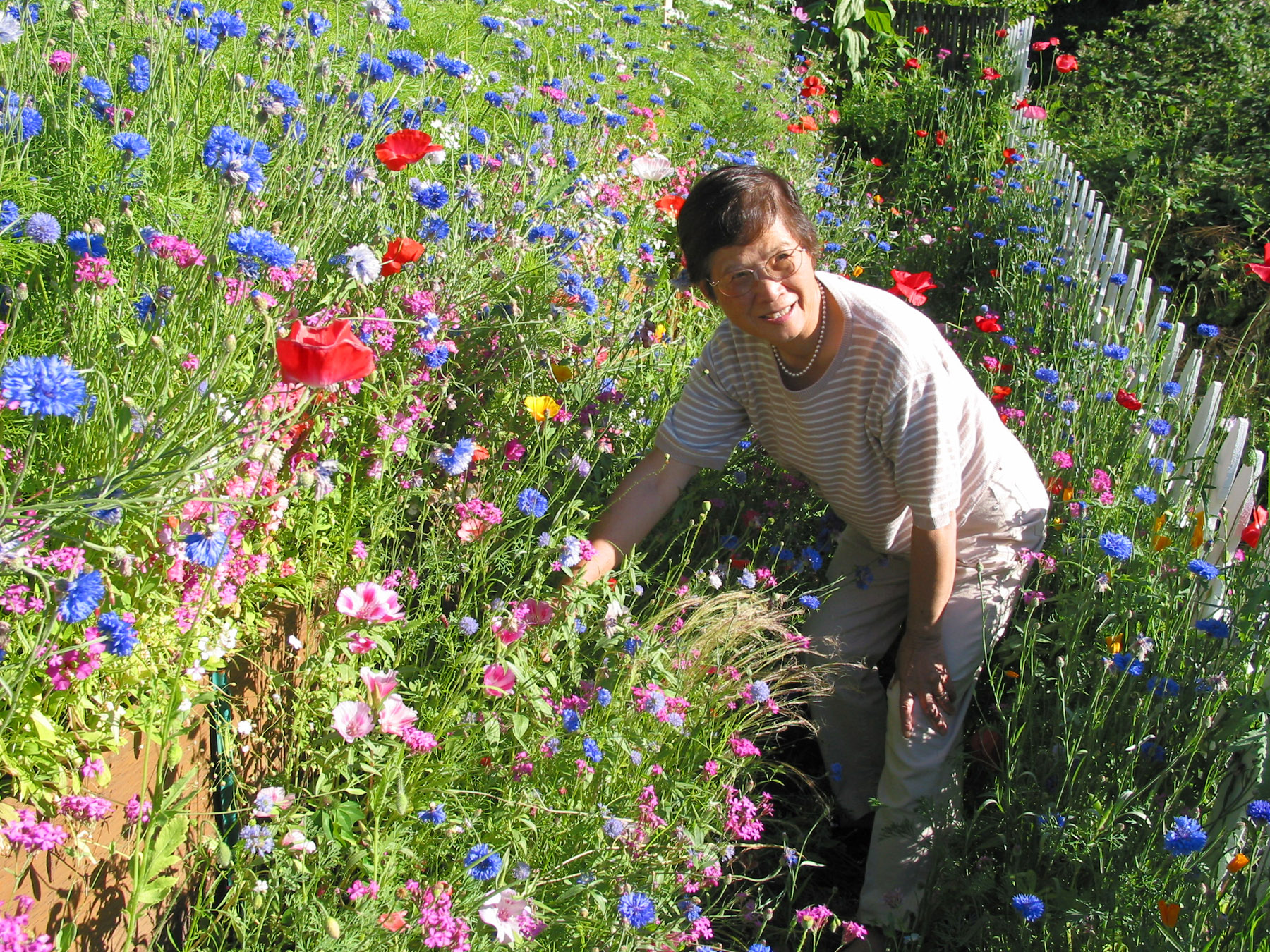 Grandma best gardens 2002