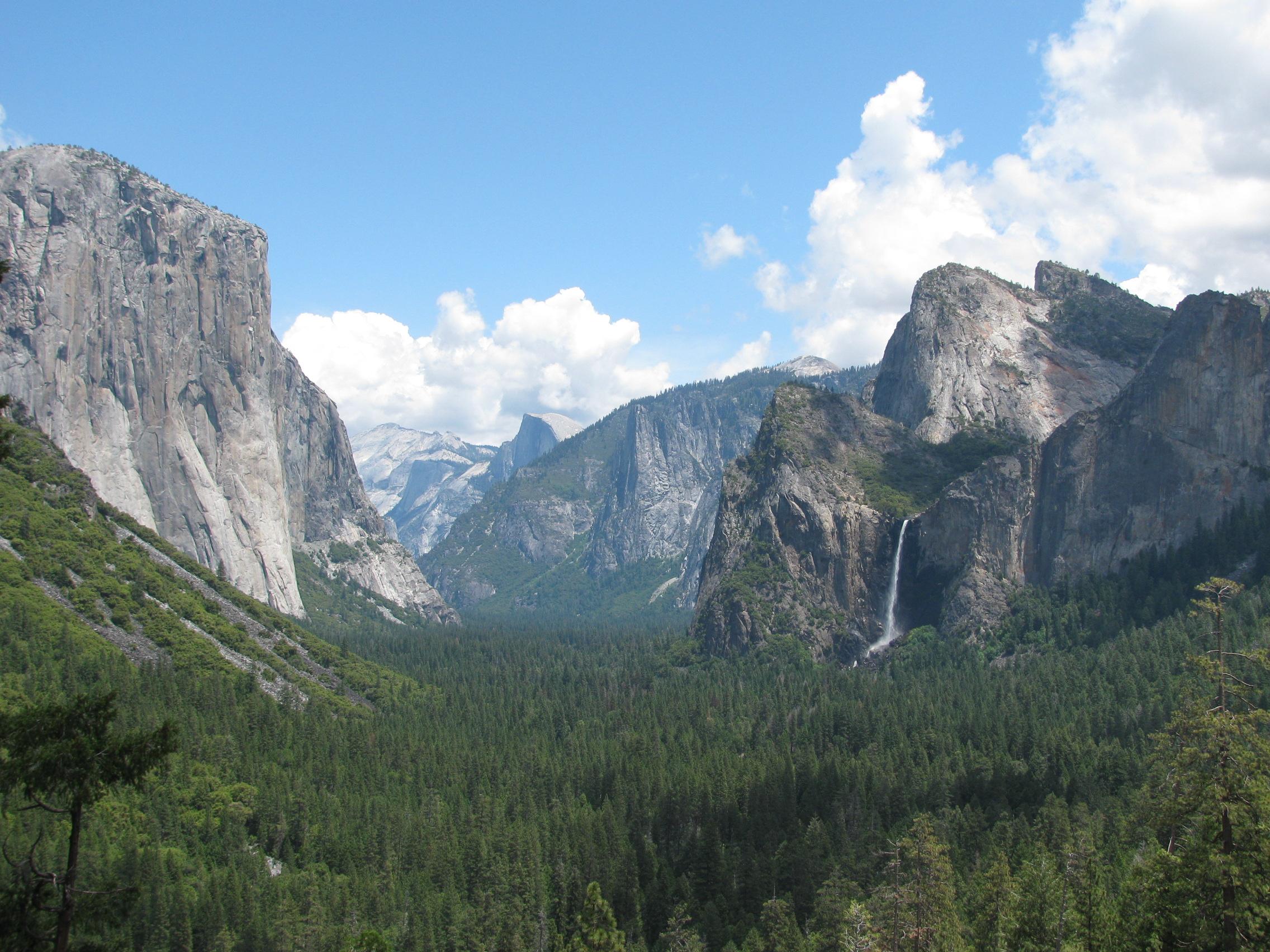 Yosemite view with El Capitan