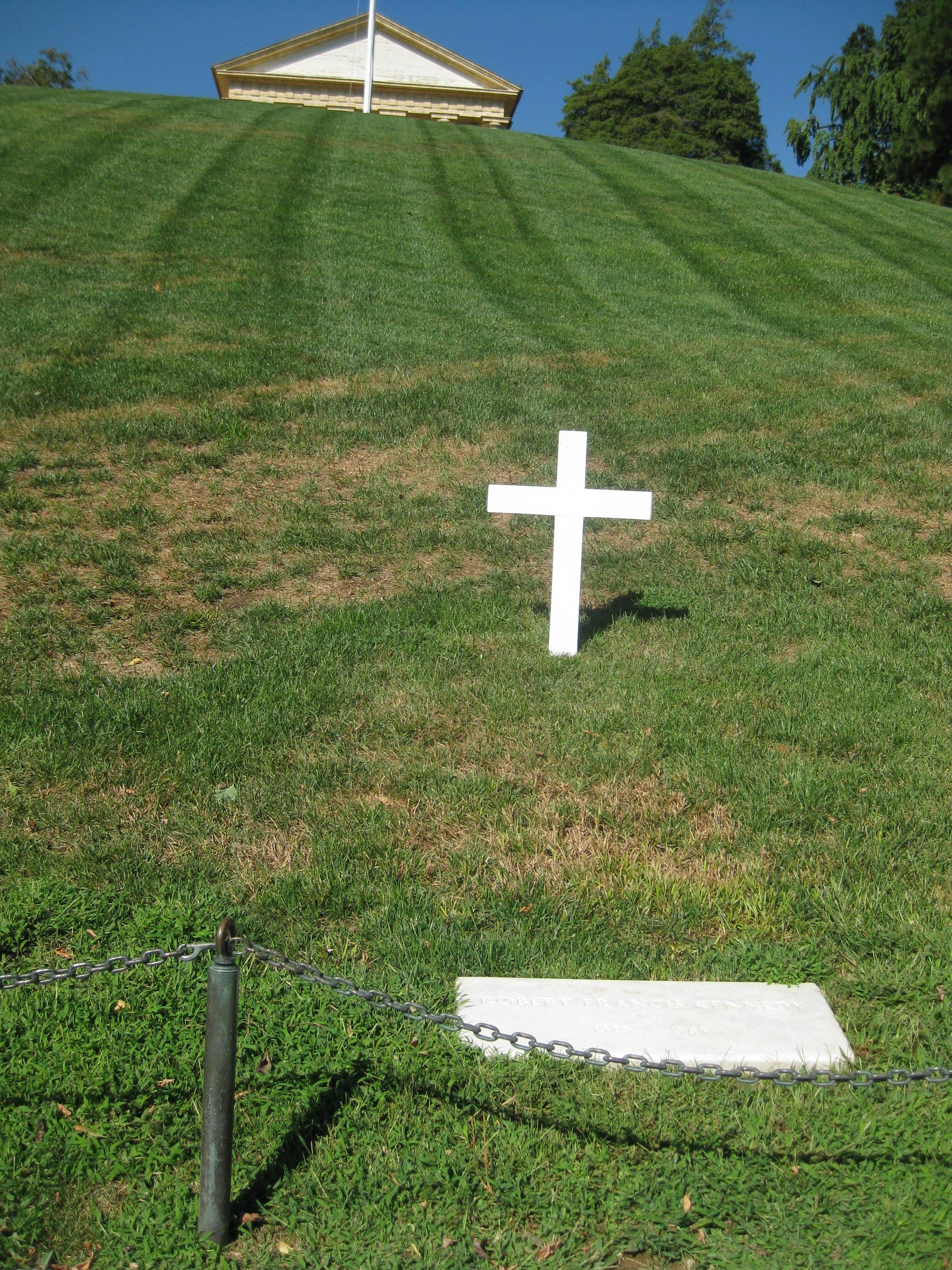 '12 Arlington Cemetery Bobby Kennedy